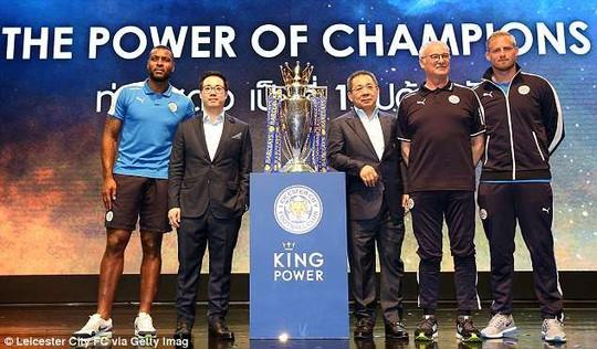 LĐBĐ Thái Lan đang nhờ tỉ phú Vichai mời HLV Ranieri về dẫn dắt tuyển quốc gia thay cho Kiatisuk vừa từ chức