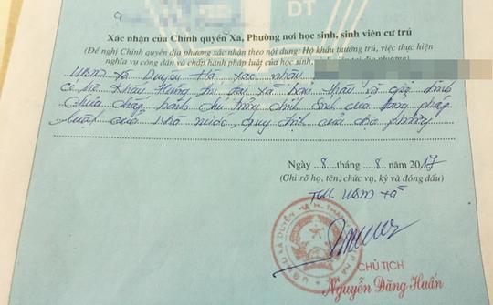 Chủ tịch xã nhận sai, xin lỗi tân sinh viên bị phê lý lịch - Ảnh 2.