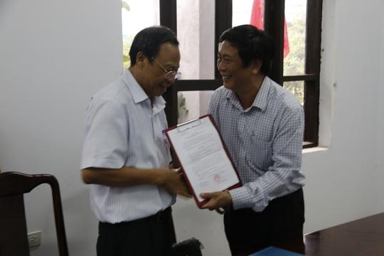 Giám đốc Sở TT-TT tỉnh Thừa Thiên - Huế trực tiếp xin lỗi BS Truyện - Ảnh 2.