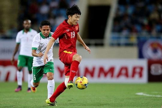 Ai là tuyển thủ mặc nhiều số áo nhất bóng đá Việt? - Ảnh 8.