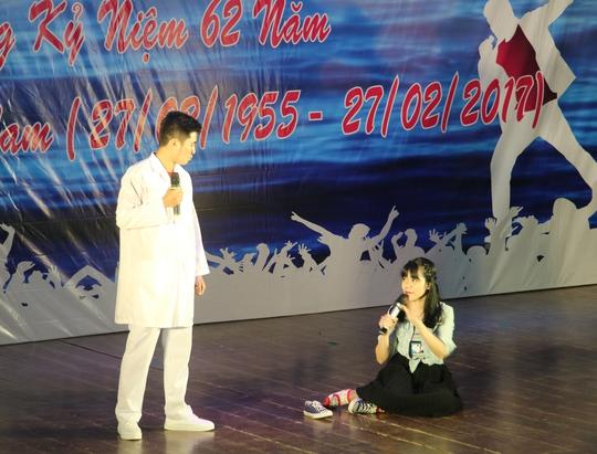 Sôi nổi tiếng hát ngành Y Khánh Hòa