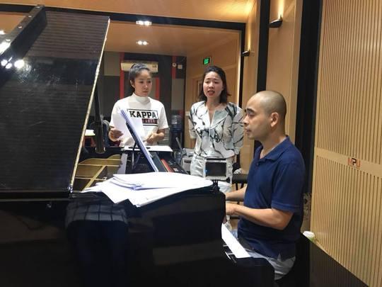 Làm nhạc kịch Tiên Nga, Thành Lộc về Bến Tre khấn nguyện cụ Đồ Chiểu - Ảnh 2.