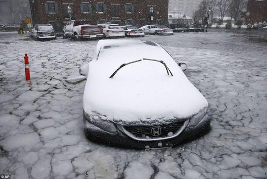 Nước Mỹ trong mờ mịt mưa tuyết - Ảnh 2.