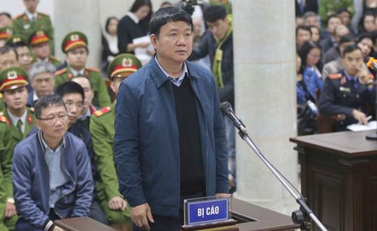 Phiên tòa ông Đinh La Thăng được nghỉ trưa sớm - Ảnh 1.