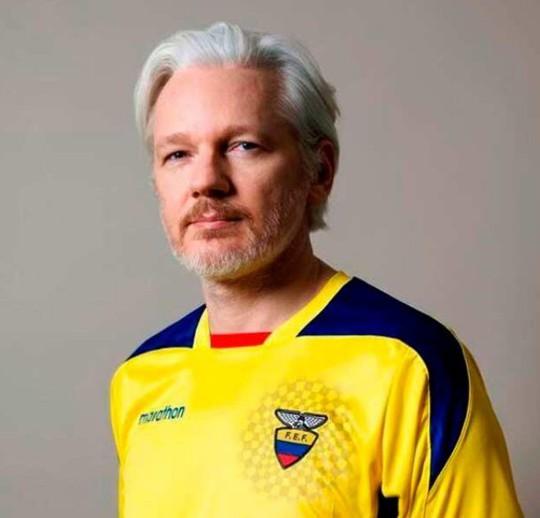 Ecuador muốn đuổi ông chủ WikiLeaks vì... ở dơ? - Ảnh 1.