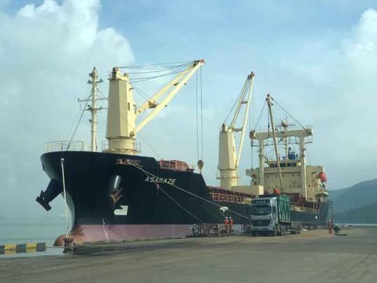 Mua cảng Quy Nhơn rồi