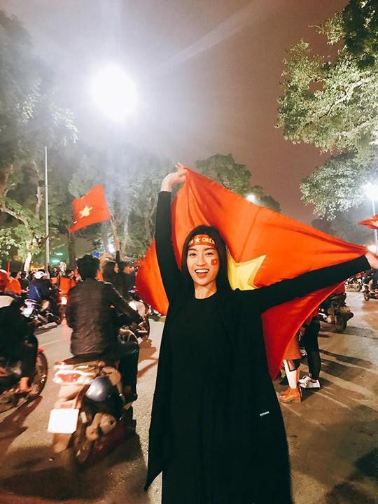 Sao Việt nào đi Trung Quốc cổ vũ trận chung kết U23 Việt Nam? - Ảnh 5.