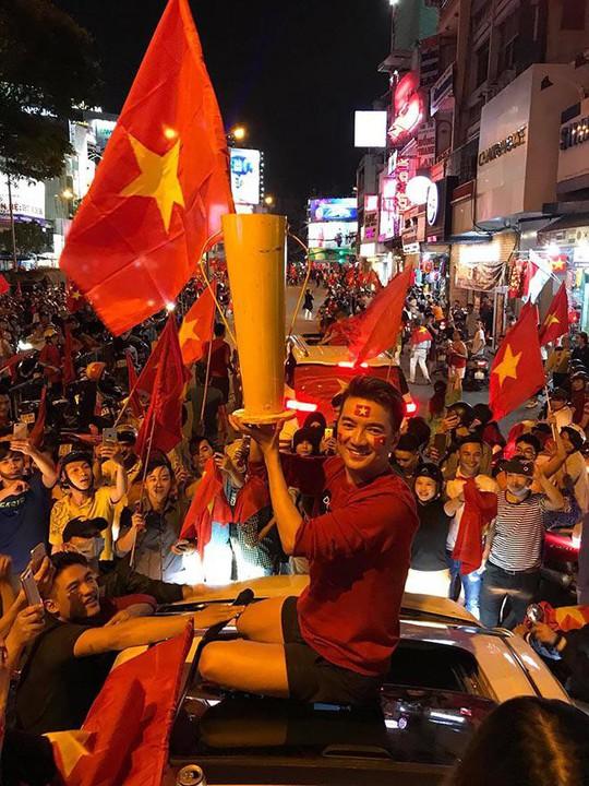 Sao Việt nào đi Trung Quốc cổ vũ trận chung kết U23 Việt Nam? - Ảnh 7.