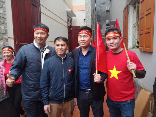 Nhà Quang Hải nổ tung với siêu phẩm tung lưới U23 Uzbekistan - Ảnh 8.