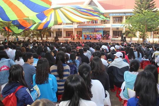 Đưa trường học đến thí sinh 2018 tại Đắk Lắk: Mê sư phạm nhưng sợ thất nghiệp - Ảnh 6.