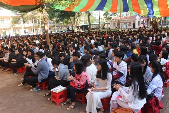 Đưa trường học đến thí sinh 2018 tại Đắk Lắk: Mê sư phạm nhưng sợ thất nghiệp - Ảnh 15.