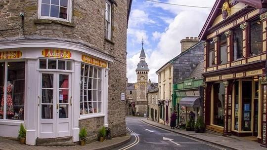 Thị trấn toàn sách có một không hai trên thế giới - Ảnh 9.