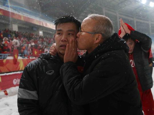 Park Hang Seo bật khóc khi nói về tinh thần U23 Việt Nam - Ảnh 2.