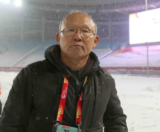Park Hang Seo bật khóc khi nói về tinh thần U23 Việt Nam - Ảnh 1.