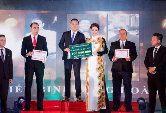 Hoa hậu Bùi Thị Hà chi 2 tỷ đồng cho tiệc tất niên công ty - Ảnh 3.