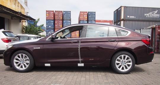 Không có chiếc ô tô nào nhập qua cảng TP HCM trong tháng 1 - Ảnh 1.