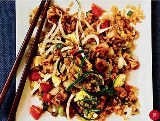 Chết thèm với những đĩa cơm chiên ngon nhất châu Á - Ảnh 4.