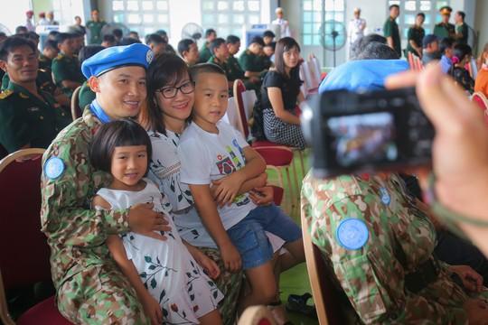 Những bóng hồng quân y Việt Nam sang châu Phi gìn giữ hòa bình - Ảnh 3.