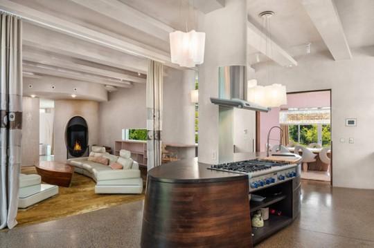 Cận cảnh ngôi nhà đẹp hoàn hảo giá 250 tỷ đồng - Ảnh 11.