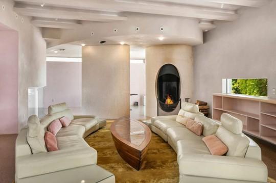 Cận cảnh ngôi nhà đẹp hoàn hảo giá 250 tỷ đồng - Ảnh 3.