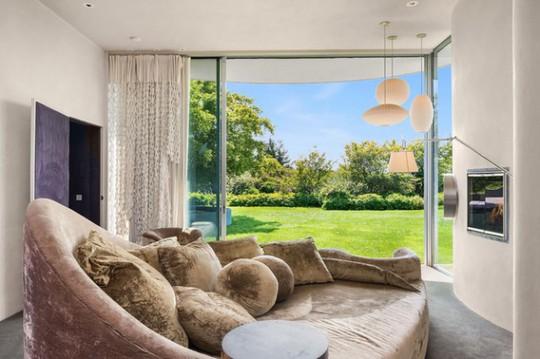 Cận cảnh ngôi nhà đẹp hoàn hảo giá 250 tỷ đồng - Ảnh 4.
