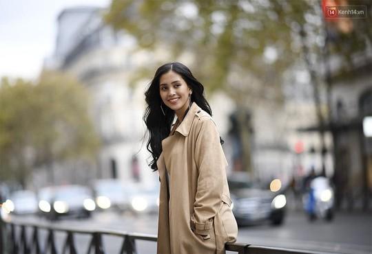 Hoa hậu Tiểu Vy mặt mộc dạo phố Paris - Ảnh 6.
