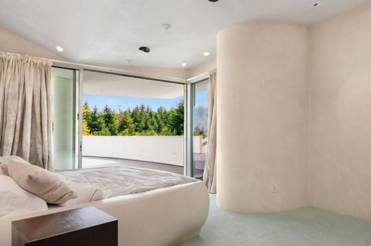 Cận cảnh ngôi nhà đẹp hoàn hảo giá 250 tỷ đồng - Ảnh 7.