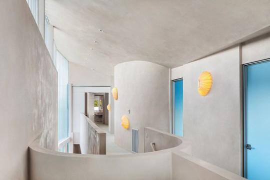 Cận cảnh ngôi nhà đẹp hoàn hảo giá 250 tỷ đồng - Ảnh 9.