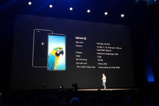Ra mắt Bphone 3 có thiết kế tràn đáy và chống nước - Ảnh 1.