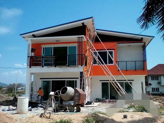 10 mẫu nhà 2 tầng mái lệch đẹp hiện đại - Ảnh 1.