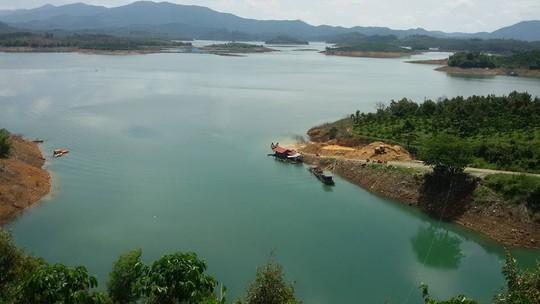 Lên rừng, xuống biển ở Bình Thuận - Ảnh 1.