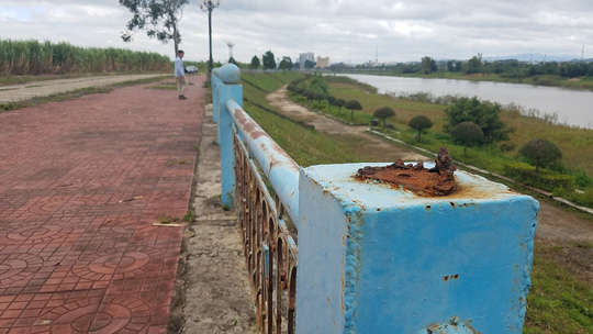 Kẻ gian phá nát kè sông trăm tỷ để … bán phế liệu - ảnh 3