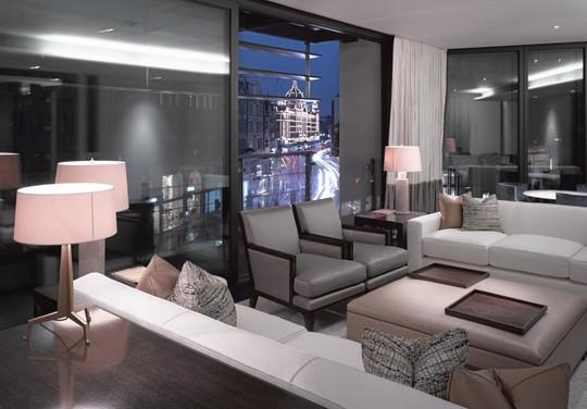 Căn penthouse 2 tầng đắt giá nhất tại Anh - Ảnh 2.