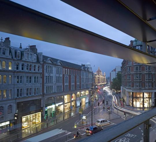 Căn penthouse 2 tầng đắt giá nhất tại Anh - Ảnh 7.