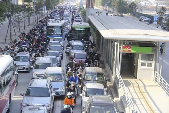 BRT ngàn tỉ kém hiệu quả: Cảnh báo rồi nhưng họ cứ làm! - Ảnh 1.
