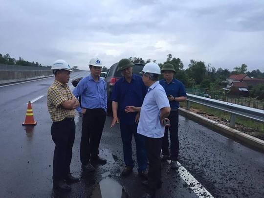 Tuyến cao tốc Đà Nẵng - Quảng Ngãi: Chưa nghiêm túc thực hiện chỉ đạo của bộ trưởng - Ảnh 1.
