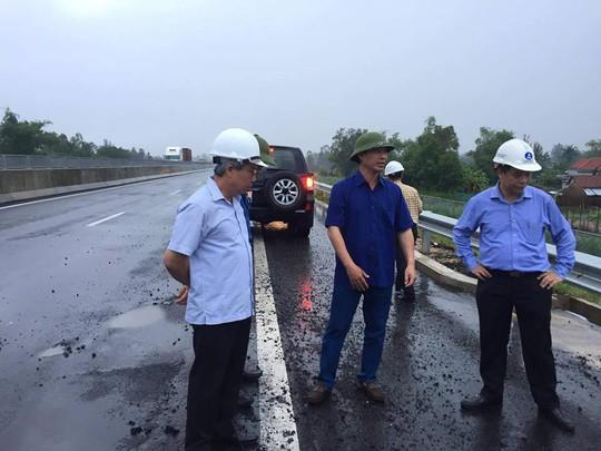 Tuyến cao tốc Đà Nẵng - Quảng Ngãi: Chưa nghiêm túc thực hiện chỉ đạo của bộ trưởng - Ảnh 2.