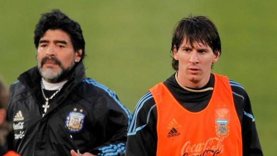 """Maradona: Hãy thôi """"thần thánh hóa"""" Messi - ảnh 1"""