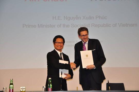 Thủ tướng tiếp thị các nhà đầu tư Áo - Ảnh 2.