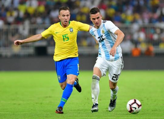 Brazil thắng nghẹt thở Argentina, đoạt cúp Super Clasico - Ảnh 2.