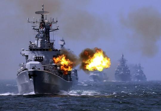 Tàu chiến Trung Quốc hành xử nguy hiểm với tàu Mỹ trên biển Đông - Ảnh 1.