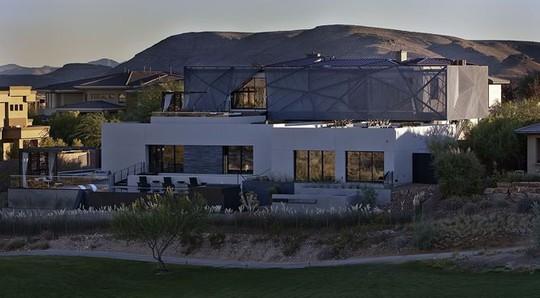 Ngôi nhà tuyệt đẹp giữa mênh mông biển cát - Ảnh 16.