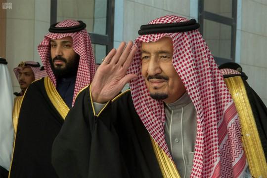 Quốc vương Ả Rập Saudi ra tay dẹp loạn - Ảnh 1.