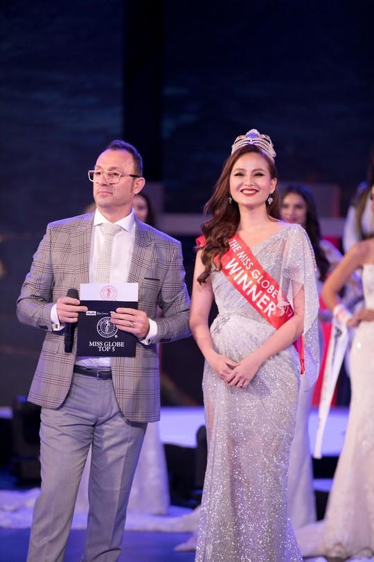 Khánh Ngân lên tiếng về sự cố không được trao vương miện trong Đêm chung kết Miss Globe 2018 - Ảnh 2.