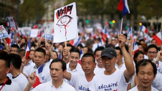 Người gốc Hoa sống trong sợ hãi ở Paris - Ảnh 1.