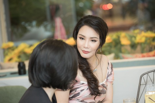 Vì sao Hồ Quỳnh Hương mất tích khỏi showbiz nhiều tháng qua? - Ảnh 1.
