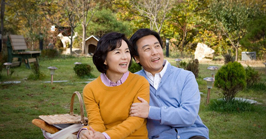 Phải chăng sau 40 tuổi người ta mới thực sự là vợ chồng? - Ảnh 1.