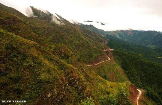 Vạn Lý Trường Thành phiên bản Việt gần 2.000 bậc ở Quảng Ninh - Ảnh 1.
