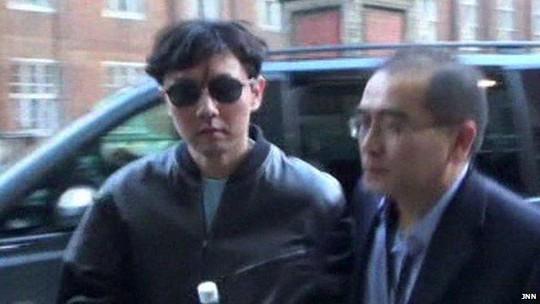 Ông Kim Jong-un cầu trợ giúp từ người anh trai ruột kín tiếng - Ảnh 1.