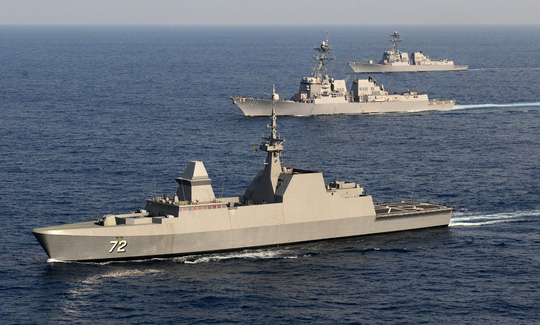 Đọ uy lực tàu chiến trong tập trận chung Trung Quốc - ASEAN - Ảnh 3.